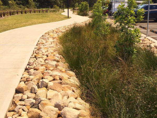 sandstone-edging-warriewood-grove